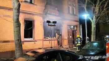 Frankenthal Brand in Mehrfamilienhaus - 17 Menschen leicht verletzt | Ludwigshafen | SWR Aktuell Rheinland-Pfalz | SWR Aktuell - SWR