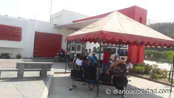 Trabajadores se toman el Hospital de Luruaco - Diario La Libertad