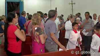 Com pastel dedicado ao santo e histórias de fé, moradores de Guararema celebram Dia de São Longuinho - G1