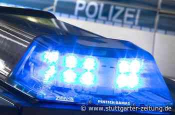 Verfolgungsjagd in Uhingen - Zugedröhnter Autofahrer flieht vor Polizei und baut Unfall - Stuttgarter Zeitung