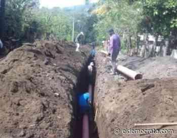 Avanza obra de drenaje en comunidad de Santiago Tuxtla - El Demócrata
