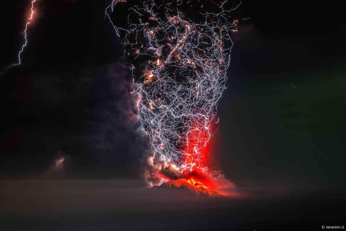 Imagen de un electrizante volcán Calbuco le dio premio internacional al fotógrafo chileno Francisco Negroni - La Nación (Chile)