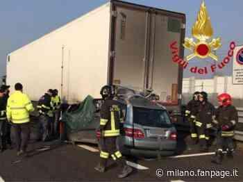 Varedo, incidente stradale sulla Milano-Meda: auto finisce sotto un camion, grave un 45enne - Milano Fanpage.it