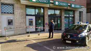 Molinella, tentano assalto al bancomat Carisbo: ladri via a bocca asciutta - BolognaToday