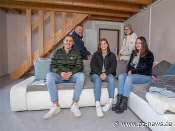 Straubenhardt gibt seiner Jugend Raum: Pfinzer Hüttle am Ortsrand wurde zum Treff ausgebaut - Region - Pforzheimer Zeitung