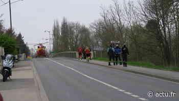 Esbly. Les pompiers plongeurs cherchent une voiture dans la Marne, la circulation est coupée - actu.fr
