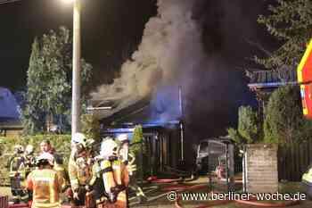 Großbrand im Landkreis Oberhavel: Feuer zerstört Einfamilienhaus in Birkenwerder - Umland Nord - Berliner Woche