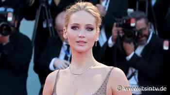 Leichtsinn? Fan bricht bei Jennifer Lawrence ein, weil ihre Haustür offen war - it's in TV