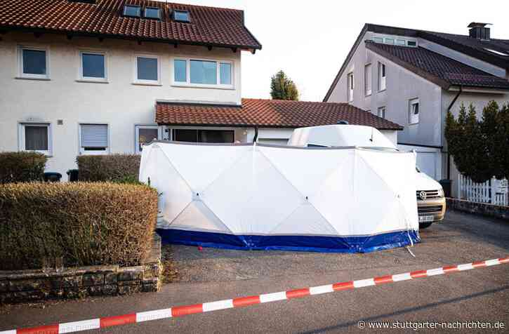 Bluttat in Holzgerlingen mit drei Toten - Mutmaßlicher Täter flüchtig – Opfer sollen obduziert werden - Stuttgarter Nachrichten