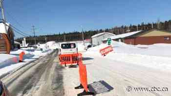 Cree community of Waswanipi establishes checkpoint - CBC.ca
