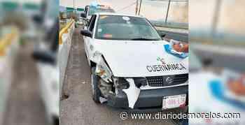 Chocan un auto y un taxi en Xochitepec - Diario de Morelos