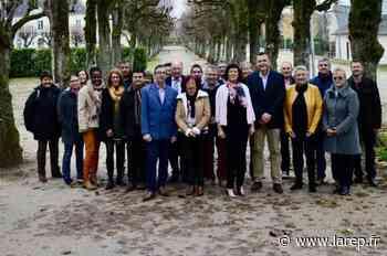 Politique - À Neuville-aux-Bois, Julia Vappereau présente sa liste pour les municipales - La République du Centre