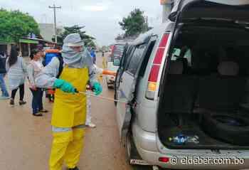 En Pailón desinfectan a los trufis y mototaxis para prevenir el coronavirus - EL DEBER