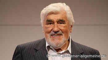 Mario Adorf mit Filmpreis in Braunschweig geehrt - Gießener Allgemeine