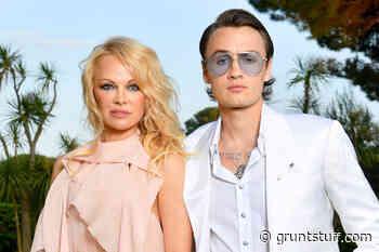 Pamela Anderson's son Brandon reacts to her fifth marriage - Gruntstuff