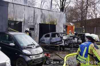 Feuer in Freiberg am Neckar - Werkstatt brennt komplett aus - Stuttgarter Zeitung