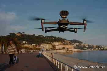 Drones manen mensen aan om coronamaatregelen na te leven (video)