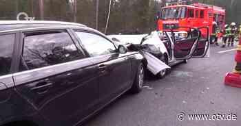 Parkstein: Schwerer Verkehrsunfall - Oberpfalz TV