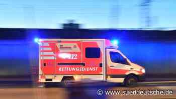 Arbeitsunfall auf Garagendach - Süddeutsche Zeitung