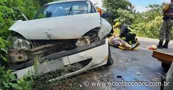 Colisão frontal entre veículos deixa quatro pessoas feridas, em Carlos Barbosa - Acontece no RS