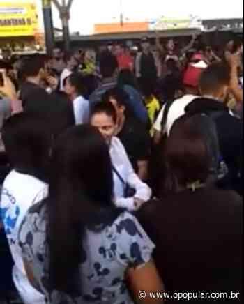 Após ônibus quebrarem, usuários protestam dentro do terminal de Senador Canedo; vídeo - Ludovica