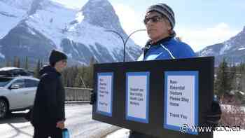 Busy trailheads and COVID-19 fears prompt Canmore, Banff to ask travellers to stay away