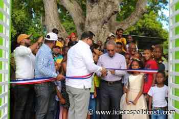 Alcaldía de Las Matas de Farfán y REFIDONSA Inauguran Parque Infantil - Lideres Políticos