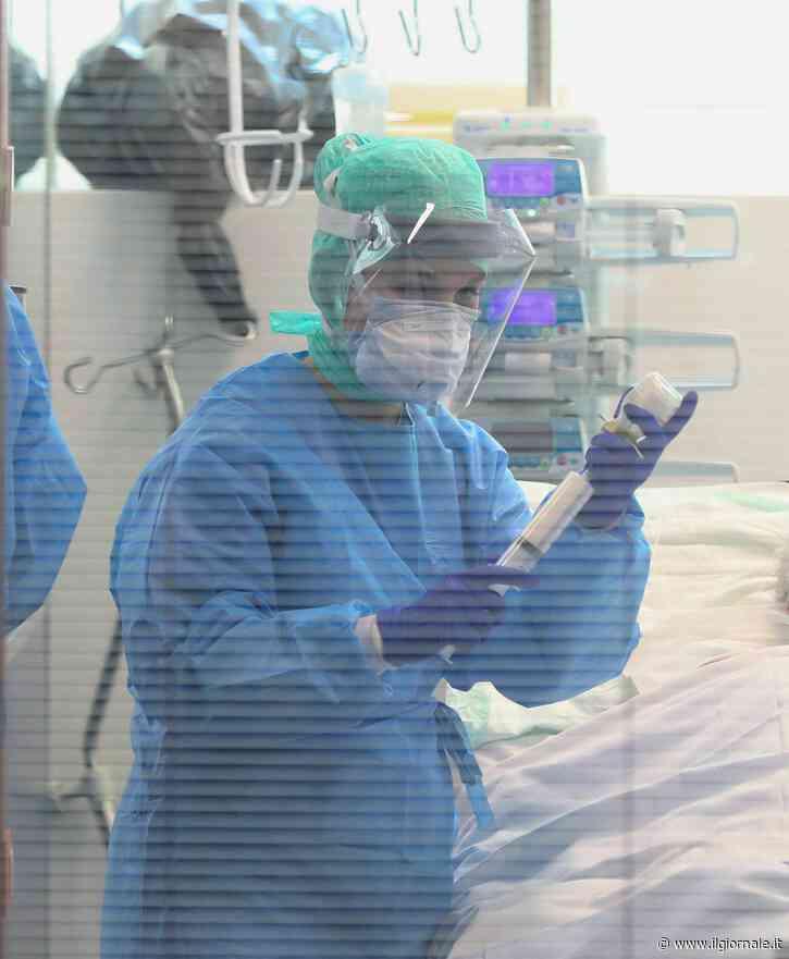 """Coronavirus in Lombardia, casi calano ancora: """"Vediamo luce in fondo al tunnel"""""""