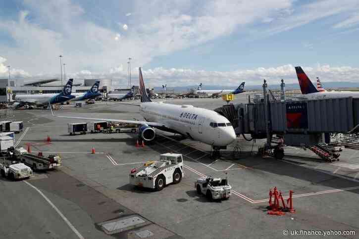 House Democrats would give airlines, contractors $40 billion bailout
