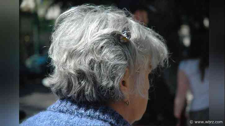 Fed gov warns senior citizens to be on alert for scam artists