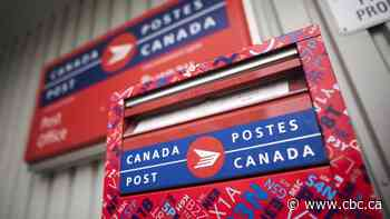 Canada Post to reduce hours, install clear barriers in response to COVID-19