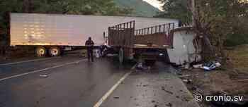 Accidente entre un camión y una rastra en Apastepeque, San Vicente genera tráfico pesado - New - Diario Digital Cronio de El Salvador