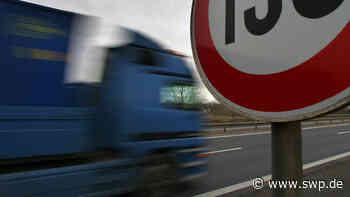A3 bei Helmstadt: Lkw-Fahrer schaut Film während der Fahrt und wird von Polizei gestoppt - SWP