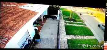 Caso Repetto Una cámara captó al sospechoso caminando por Punta Mogotes - TN - Todo Noticias
