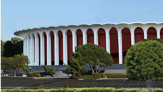 Clippers Owner Steve Ballmer Buys The Forum In $400M Cash Deal