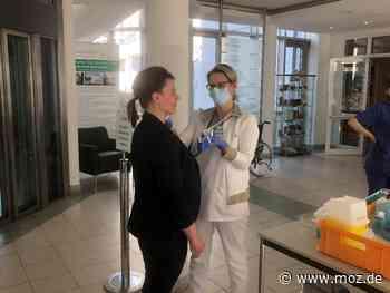 Gesundheit: Asklepios Klinik Birkenwerder räumt Station für Corona-Patienten frei - Märkische Onlinezeitung