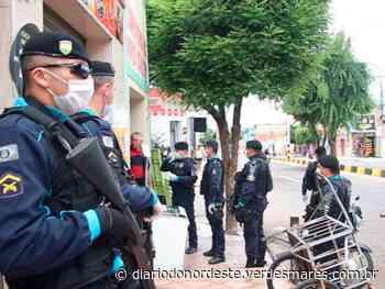 Forças de segurança orientam e fiscalizam estabelecimentos de Juazeiro do Norte - Diário do Nordeste