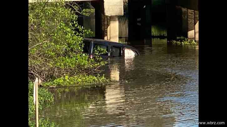 Good Samaritans rescue two from submerged car that crashed into Ascension waterway