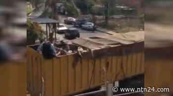 Presos de Acarigua en Venezuela son trasladados en camiones de animales - ntn24.com