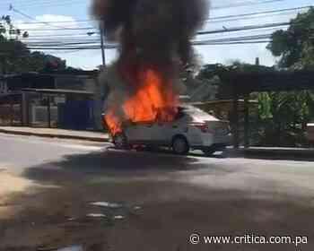 Las llamas acabaron con vehículo en La Cabima [Video] - Crítica