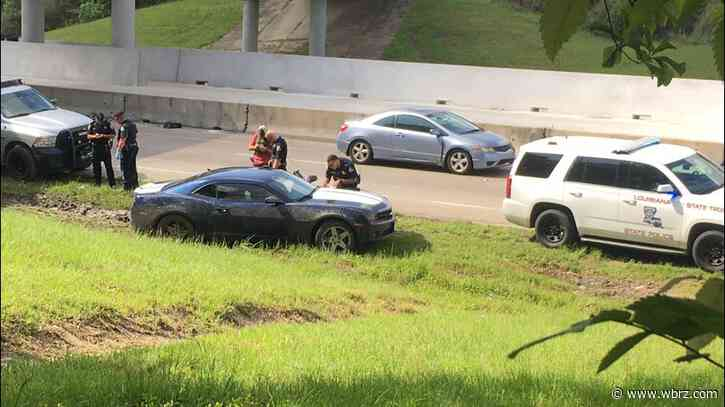 Chase near EBR-Ascension line prompts large police response along I-10