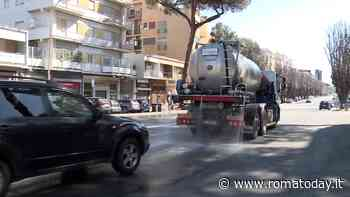 Coronavirus, il piano per sanificare le strade: ecco come Ama sta igienizzando la città