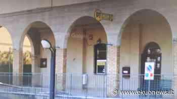 Atri, chiuso a Fontanelle lo sportello postale per il pagamento delle pensioni: la protesta - ekuonews.it