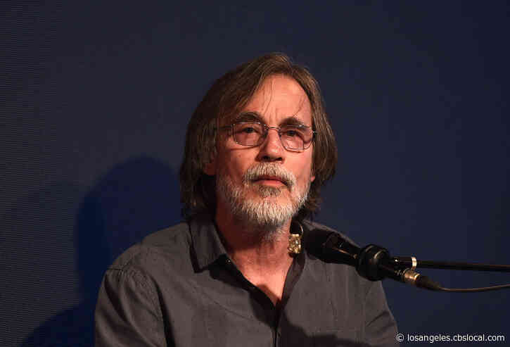 Jackson Browne Recovering After Contracting COVID-19