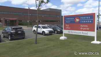 Canada Post union leader learned of COVID-19 exposure through social media - CBC.ca