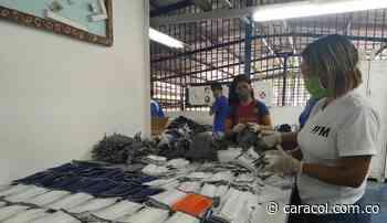 En la frontera venezolana empiezan a confeccionar sus propios tapabocas - Caracol Radio