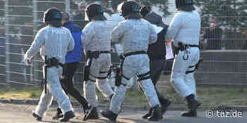 Polizei in Flüchtlingsunterkunft Suhl: Geprüft wird hinterher - taz.de