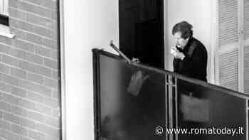 Ore diciotto, Roma vista da un balcone ai tempi del Coronavirus