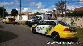 Mulher é encontrada nua e morta a facadas no Cajuru - Click Paraná
