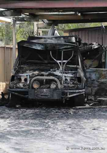 Tapping garage fire causes $150,000 damage to Apsley Bend home - NEWS.com.au